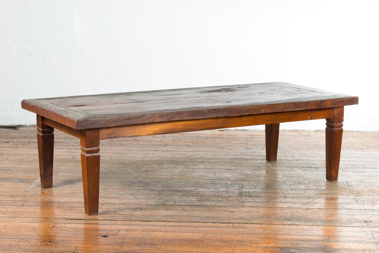 Rustic Indonesian 19th Century Coffee Table with Tapered Legs For Sale 4
