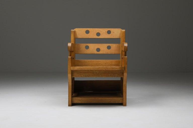 Rustic Modern Armchair in Oak In Good Condition In Antwerp, BE
