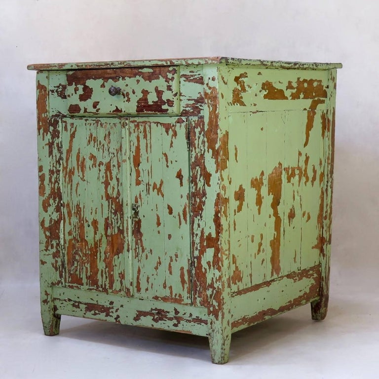 Rustic Painted Cabinet, France, circa 1920s In Distressed Condition For Sale In Isle Sur La Sorgue, Vaucluse