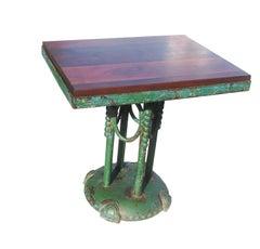 Rustikaler lackiertes Eisen Cafe Tisch