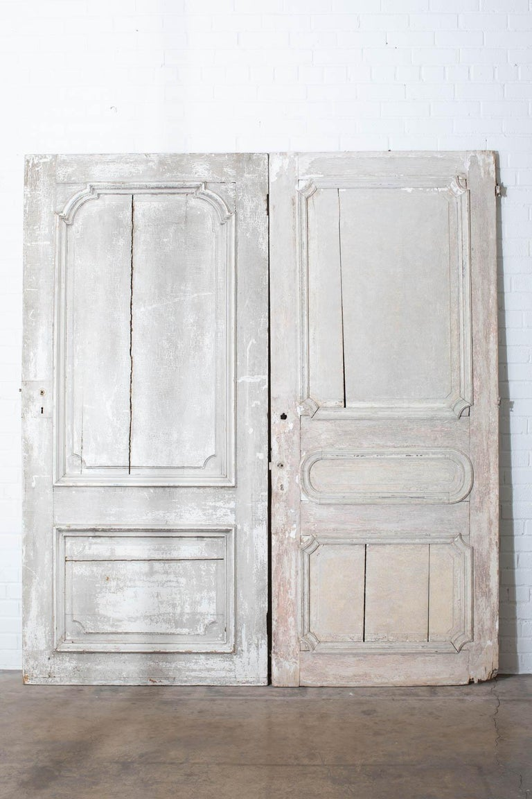 Rustic Pair of 19th Century French Painted Panel Doors In Distressed Condition For Sale In Rio Vista, CA