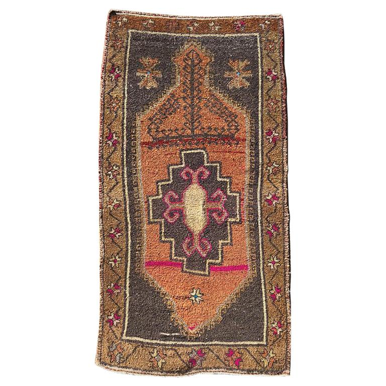 Rustic Pink Geometric Oushak Turkish Runner Rug For Sale
