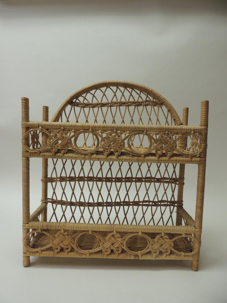 Hand-Crafted Rustic Vintage Woven Wicker Wall Shelf For Sale
