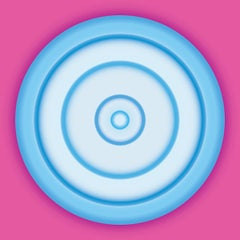 Blue Circle on Fuchsia