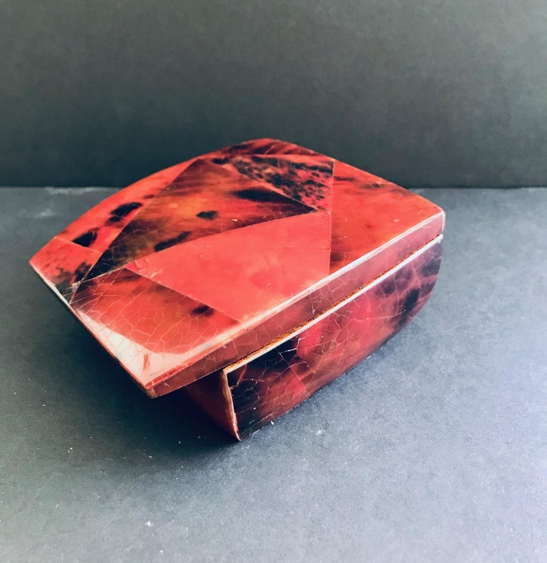 R&Y Augousti Mosaic Trinket Box in Exotic Red Pen-Shell For Sale 6