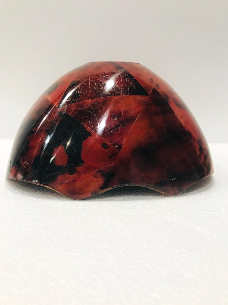 Contemporary R&Y Augousti Organic Pen-Shell Bowl with Mosaic Inlays in Red & Black circa 2000 For Sale