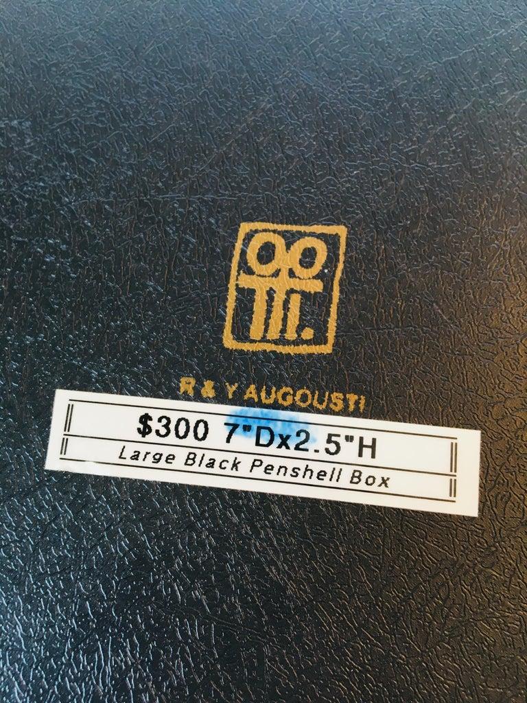 R&Y Augousti Round Pen Shell Box For Sale 5
