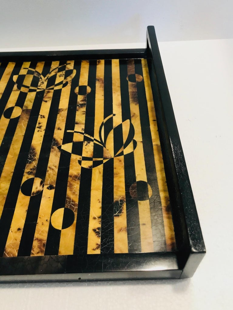 R&Y Augousti Vintage Mosaic Tray in Black and Tortoise Pen-Shell, circa 2000 For Sale 2