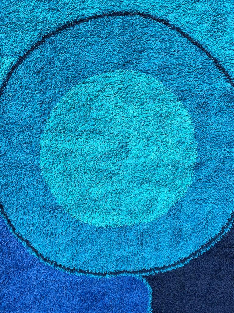 Rya Dania Taepper Abstract Bullseye in Blues Square For Sale 10