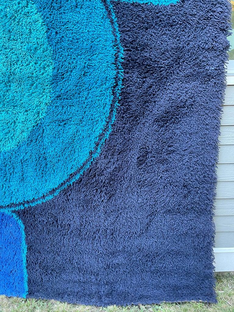 Rya Dania Taepper Abstract Bullseye in Blues Square For Sale 12