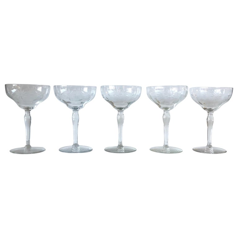 """Set of 5 Mid-Century Modern """"Starburst"""" Pattern Cut Glass Champagne Coupes For Sale"""