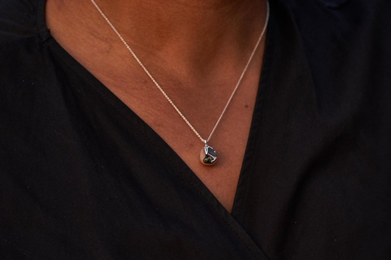 Round Cut S A D É. Sage Necklace in 14 Karat White Gold White Diamond and White Gold Chain For Sale