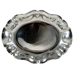 S. Kirk & Son Sterling Silver Ruffled Rim Oval Celery Relish Tray, circa 1940s