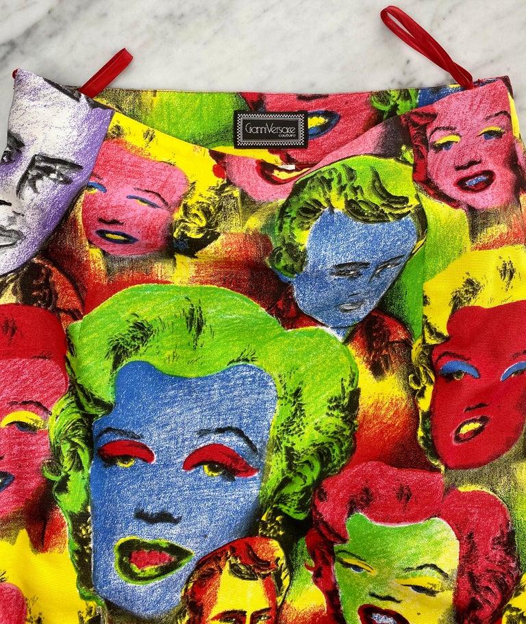 S/S 1991 Gianni Versace Marilyn Monroe Warhol Inspired Print Pop Art Skirt Suit For Sale 8