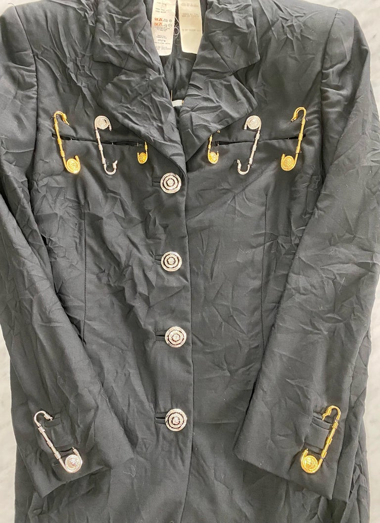 Women's S/S 1994 Gianni Versace Couture Medusa Safety Pin Blazer Runway  For Sale