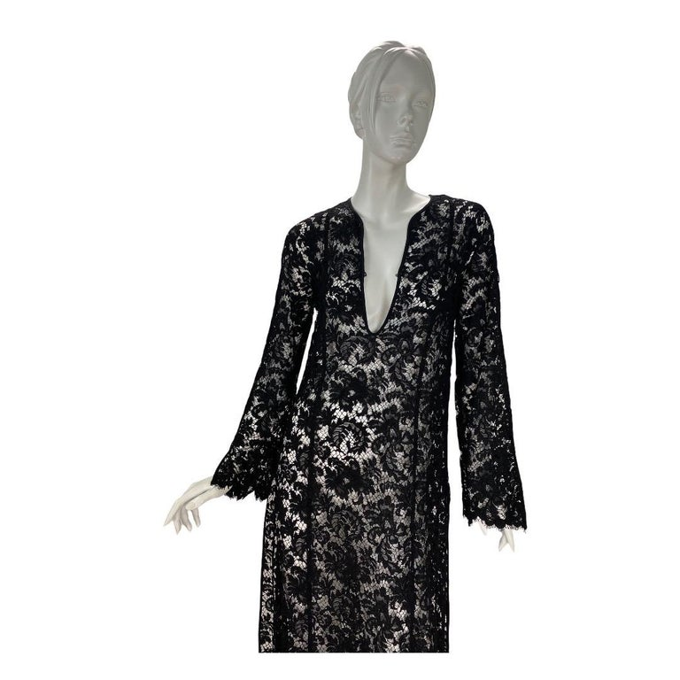 S/S 1996 Vintage Iconic Tom Ford for Gucci Black Lace Dress In Excellent Condition For Sale In Montgomery, TX