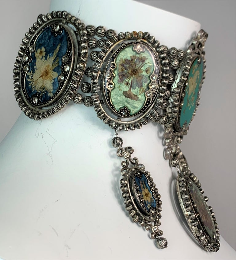 S/S 1998 Christian Dior John Galliano Extra Large Cameo Choker Necklace In Good Condition In Yukon, OK