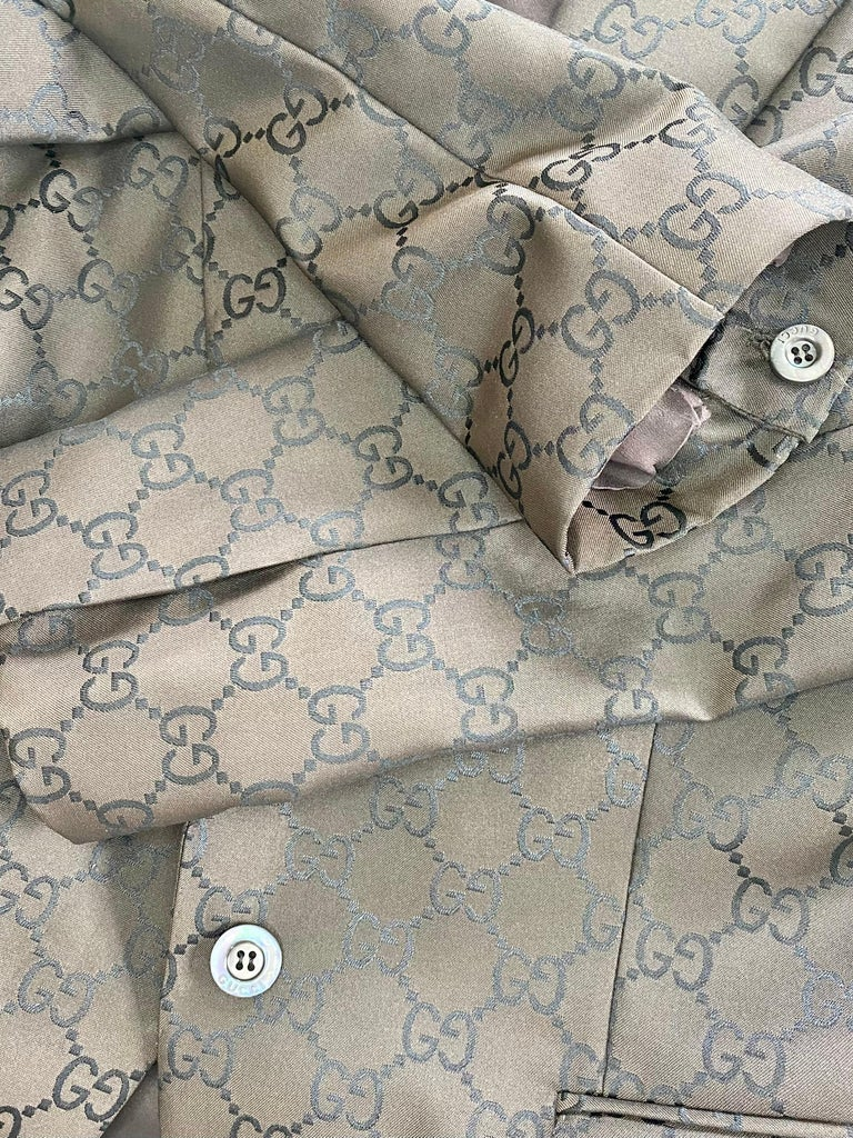 S/S 1998 Gucci by Tom Ford Woven GG Monogram Satin Brown Pantsuit For Sale 2