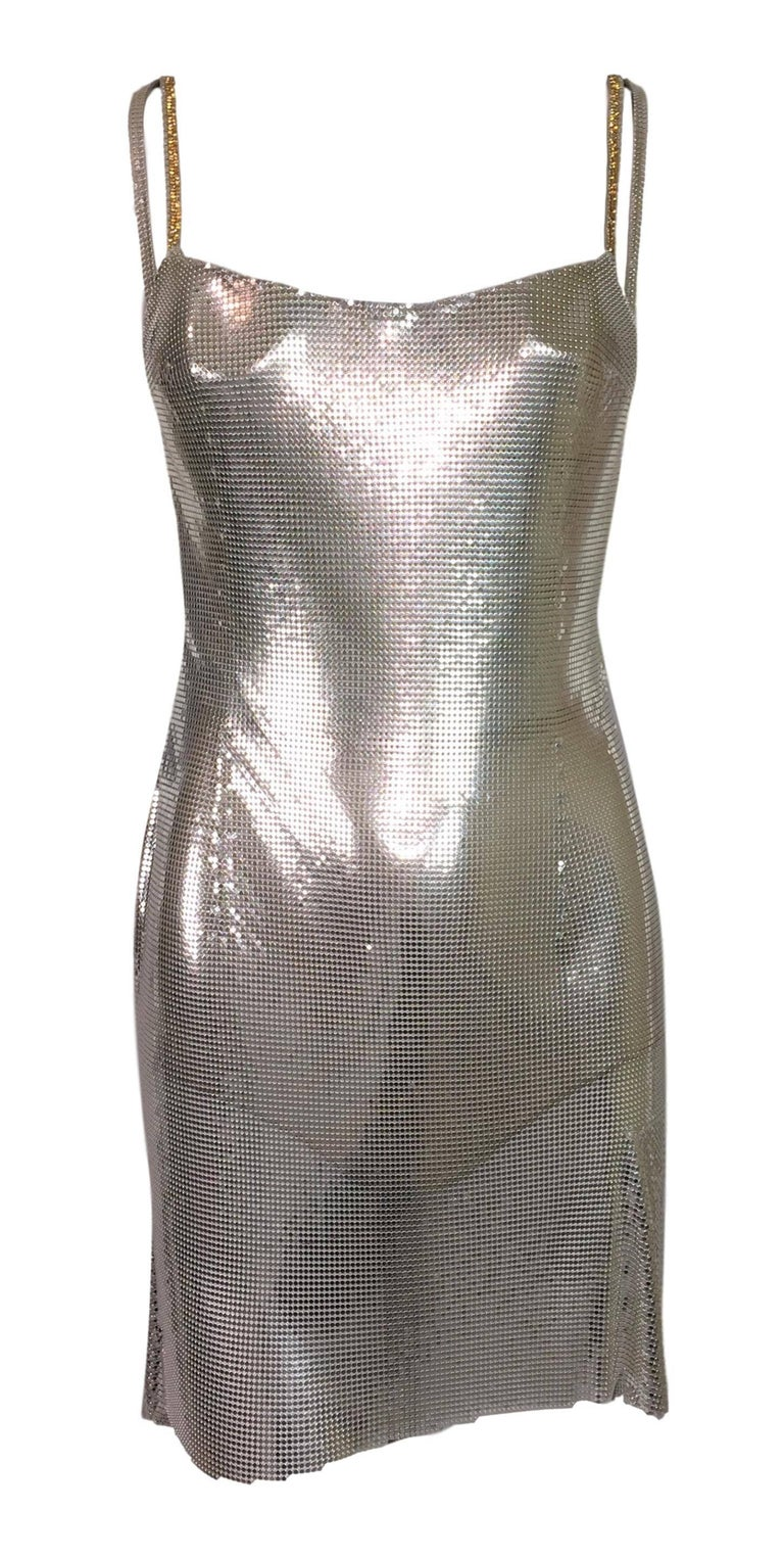 S/S 1999 Atelier Versace Runway Kate Moss Runway Butterfly Metal Chainmail Dress In Excellent Condition For Sale In Yukon, OK