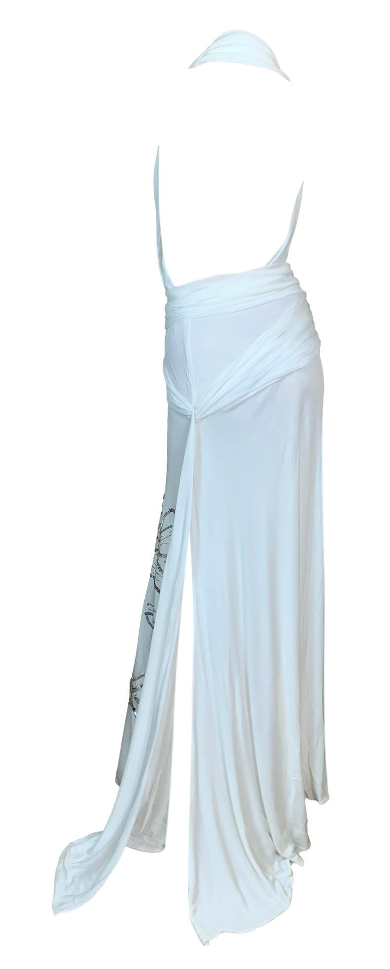 S/S 2000 Gianni Versace Runway White Plunging High Slits Beaded Gold Medusa Gown In Good Condition For Sale In Yukon, OK