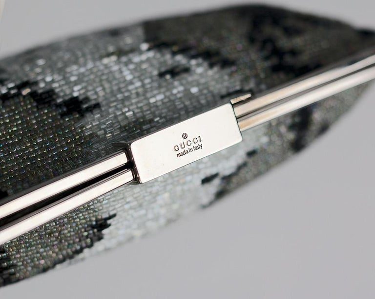 Gray S/S 2000 VINTAGE TOM FORD for GUCCI BEADED EVENING CLUTCH BAG For Sale