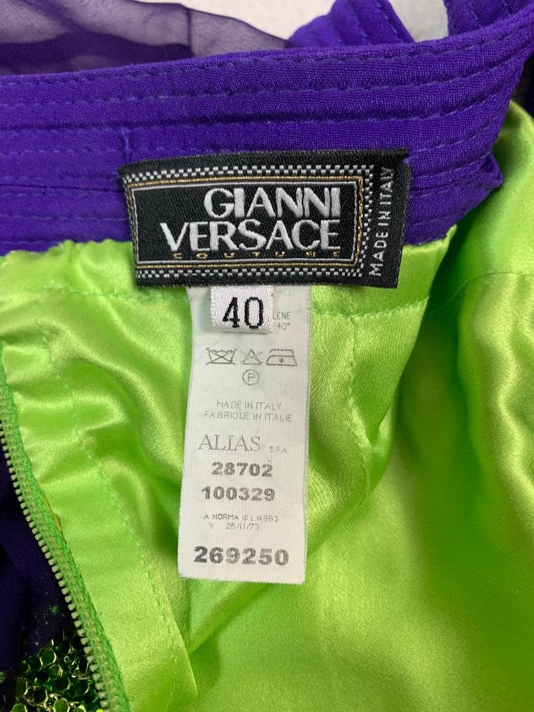 S/S 2003 Gianni Versace Runway Purple & Green Chain Mail Metal Mini Dress In Good Condition For Sale In Yukon, OK