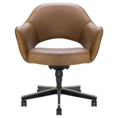 Saarinen Executive Armchair in Saddle Leather, Swivel Base