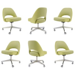 Saarinen Executive Armless Chairs in Green Weave, Swivel Base, Set of 6