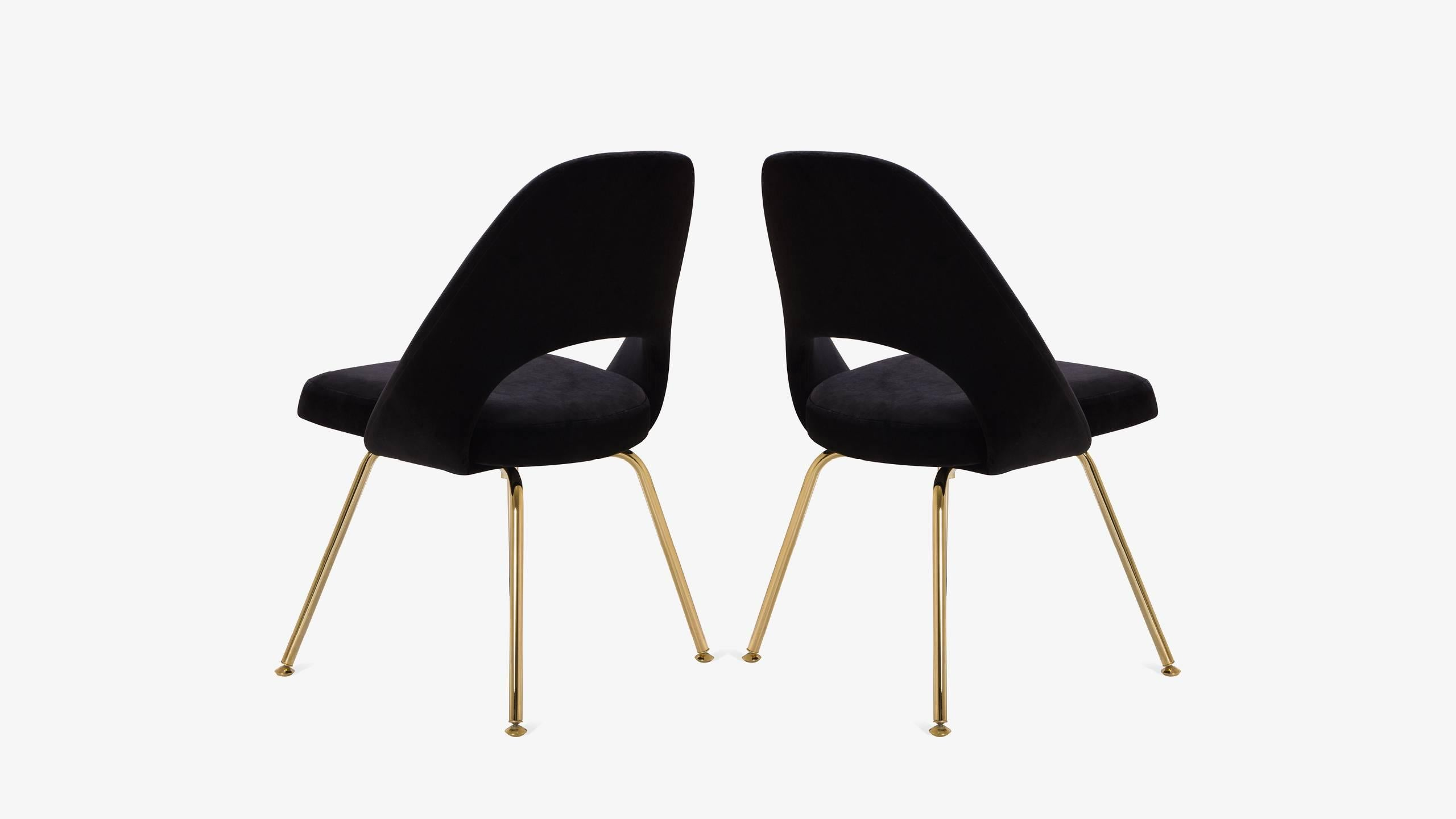 saarinen executive armless chairs in noir velvet 24k gold edition