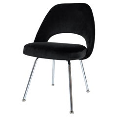 Saarinen Executive Armless Chairs in Noir Velvet