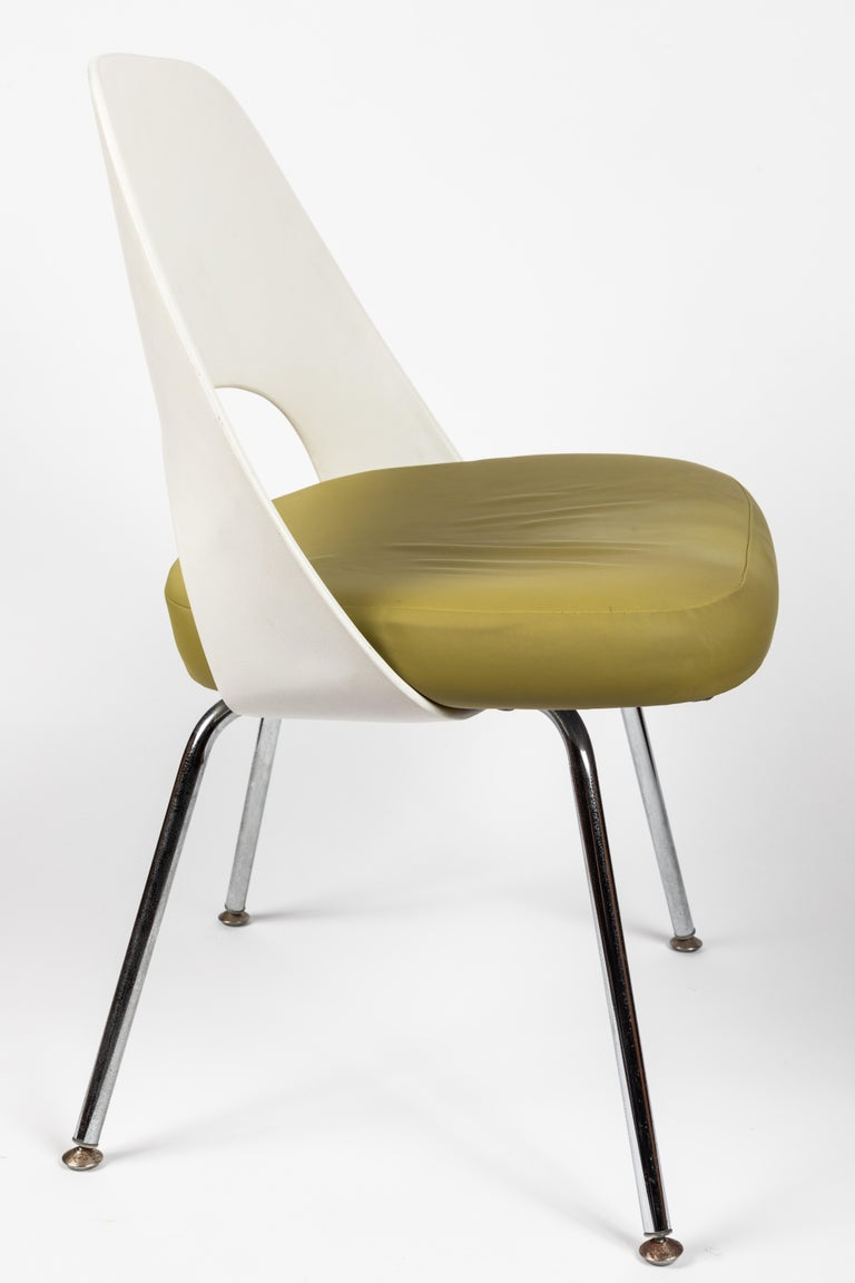 Saarinen Executive Side Chair with Metal Legs for Knoll For Sale 1