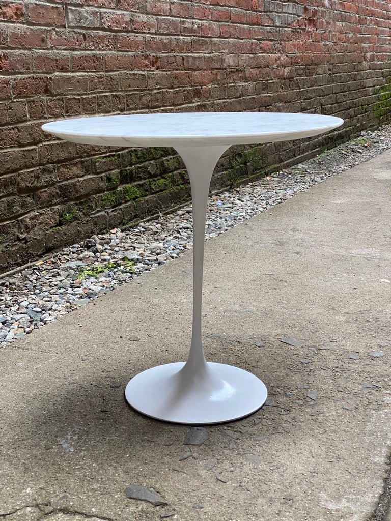 Cast Saarinen for Knoll Ovoid Marble Tulip Base End Table For Sale