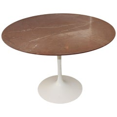 Saarinen Pedestal Table with Rouge Marble-Top 1978 Knoll