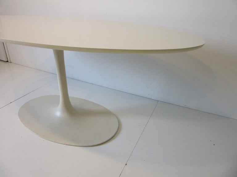 Mid-Century Modern Saarinen Styled Tulip Based Table Desk by Maurice Burke for Burke International For Sale