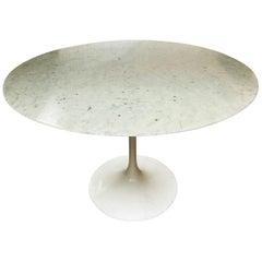 Saarinen Tulip Dining Table Marble Statuarietto