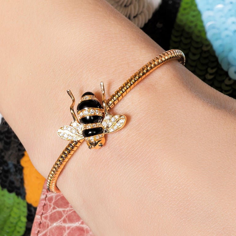 Round Cut Sabbadini Baby Bee Laquer & Gold Bracelet For Sale
