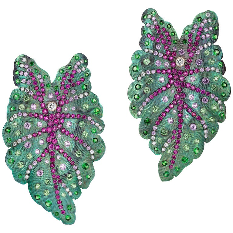 Sabbadini Contemporary Titanium Leaf Earrings For Sale