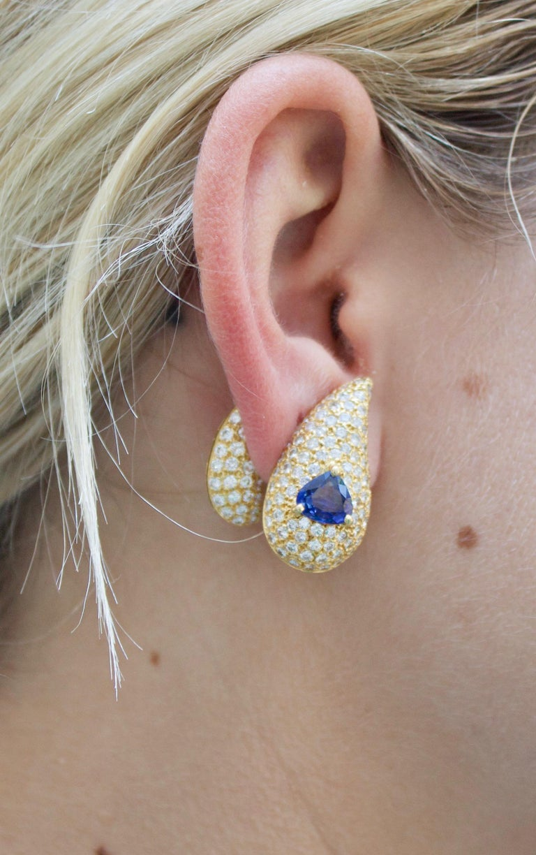 Sabbadini Unique Sapphire and Diamond Earrings in 18k Sap = 3.00 Dia = 7.00 cts. For Sale 4