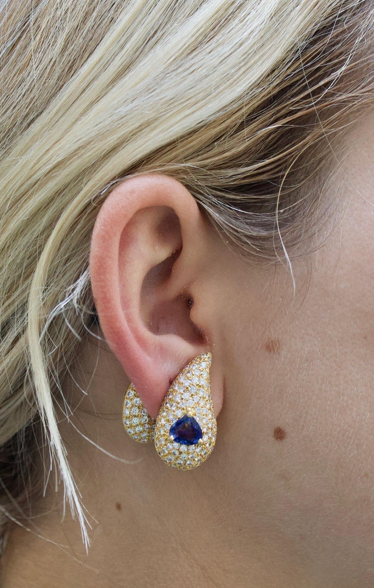 Sabbadini Unique Sapphire and Diamond Earrings in 18k Sap = 3.00 Dia = 7.00 cts. For Sale 5
