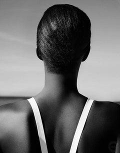 Portrait (Black)