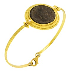 Sacchi Ancient Roman Coin and Diamonds Gemstone 18 Karat Yellow Gold Bracelet