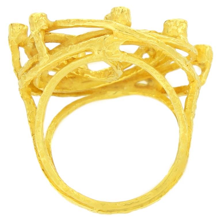 Contemporary Sacchi Diamonds Gemstone 18 Karat Satin Yellow Gold Cocktail Ring For Sale