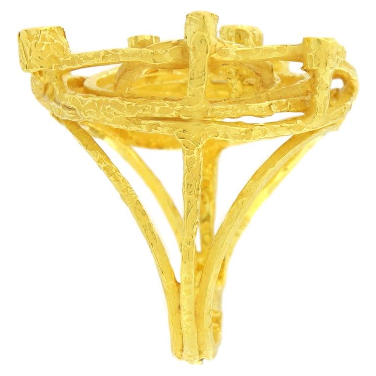 Round Cut Sacchi Diamonds Gemstone 18 Karat Satin Yellow Gold Cocktail Ring For Sale