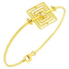 Sacchi Geometric 18 Karat Satin Yellow Gold Bracelet with Diamond Gemstone