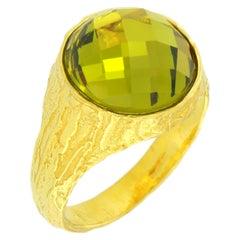 Sacchi Green Quartz Gemstone 18 Karat Satin Yellow Gold Cocktail Ring