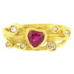 Sacchi Heart Ruby and Diamonds Gemstone 18k Yellow Gold Cocktail Ring