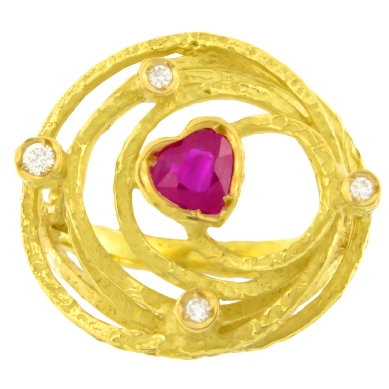 Sacchi Medium Heart Ruby and Diamonds Gemstone 18 Karat Gold Cocktail Ring