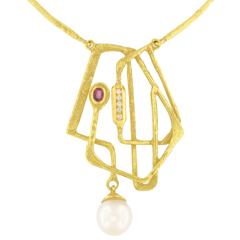 Sacchi Pearl Ruby and Diamonds Gemstone 18 Karat Yellow Gold Pendant Necklace