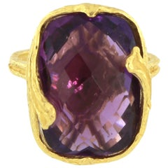Sacchi Purple Amethyst Gemstone 18 Karat Satin Yellow Gold Fashion Ring