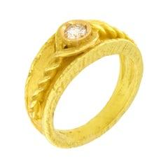 Sacchi Round Diamond Gemstone 18k Yellow Gold Roman Band Ring